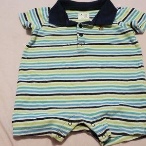 Baby gap romper 6-9 months